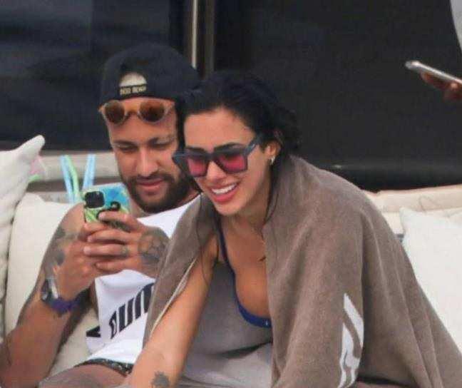 Revealed: Neymar is Dating Social Media Influencer Bruna Biancardi!